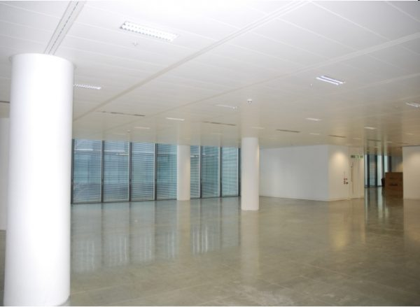 empty refurbished CAT A office space in SE1 in beige