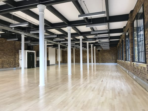 long office space in leasehold building near London Bridge, Borough and Southwark stations